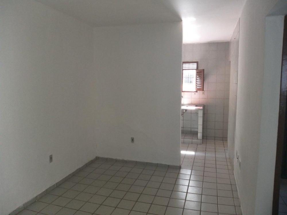 Alugo apartamento no bessa -ótima localização