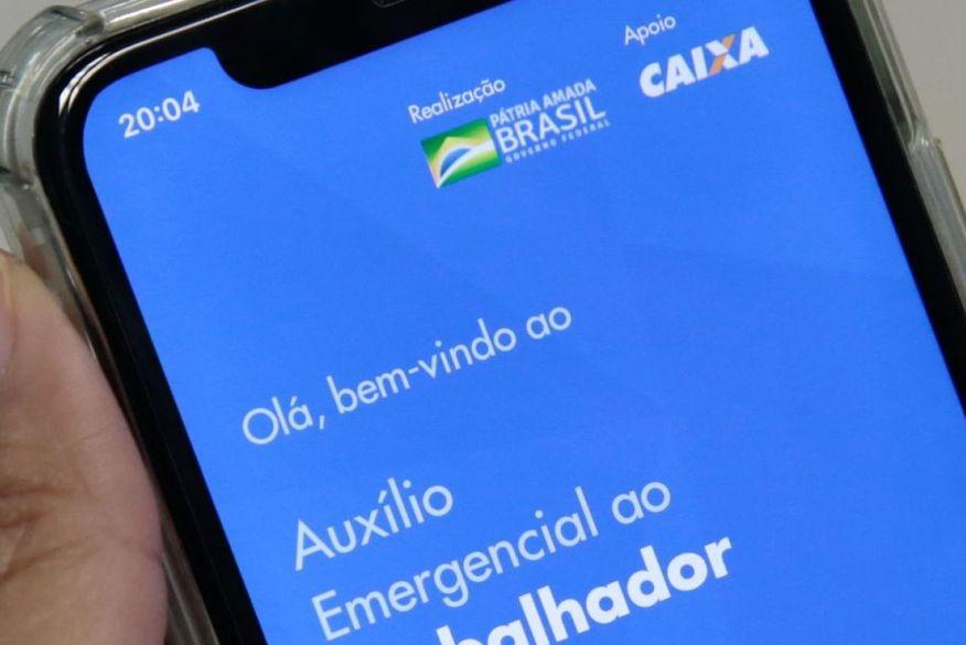 Caixa paga 3ª parcela do auxílio para beneficiários do Bolsa Família nesta quinta