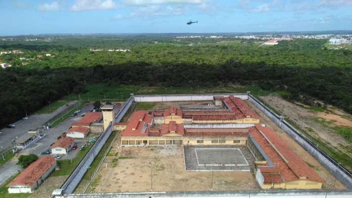 PM usa helicópteros para operação de fiscalização em presídios da Grande JP
