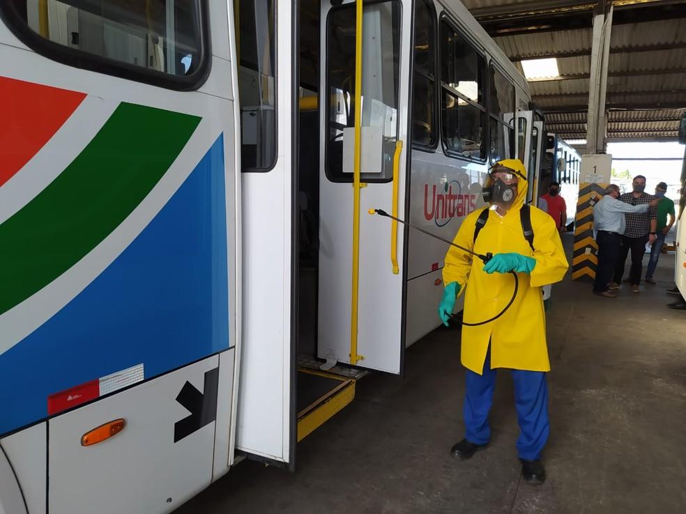 Transportes coletivos retornam suas atividades a partir desta segunda-feira com regras e protocolos sanitários
